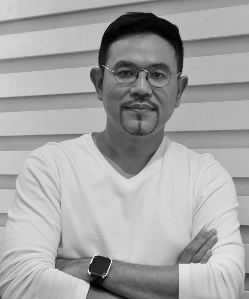 Mr. Thanawat  Sukhaggananda